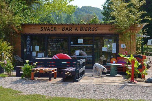 snack-bar-a-biere--terrasse-paradis-aquatique